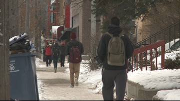 Armed robbery at U of M triggers warning