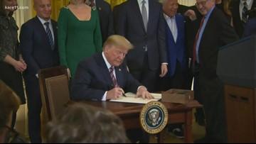 Trump signs order targeting anti-Semitism at colleges