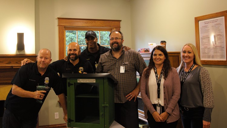 Minneapolis Police Department, Little Free Library & Red Wing Correctional Facility team