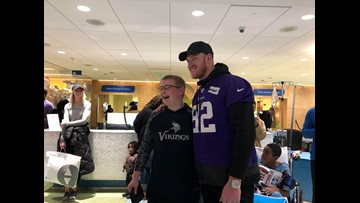 Kyle Rudolph and teammates host 'Rudy's Holiday Huddle' at children's hospital