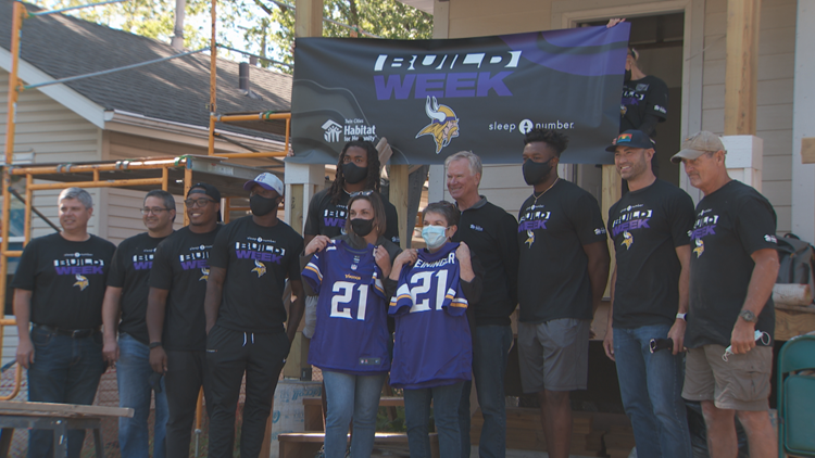 For Mackensie Alexander, Habitat for Humanity build hits 'close to home'