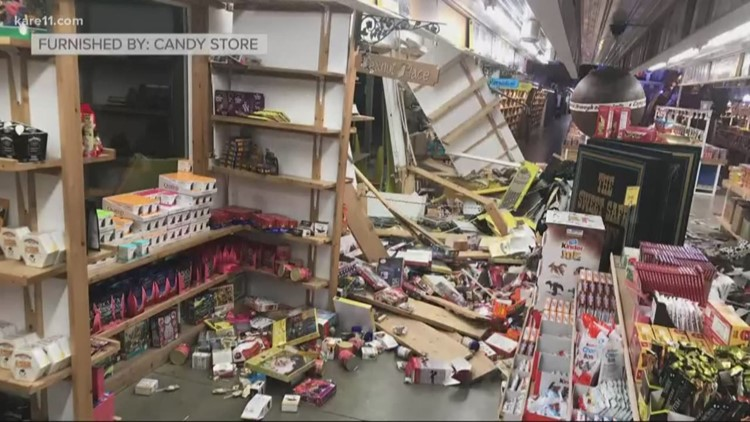 Car crashes into MN's Largest Candy Store in Jordan