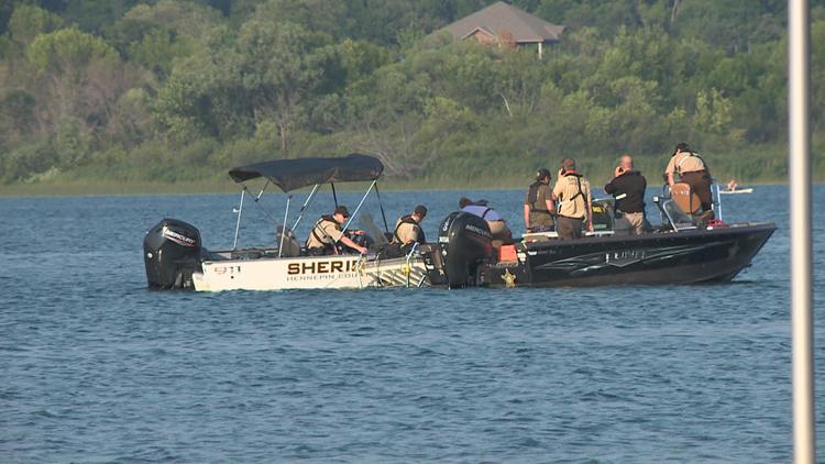 Teen girl dies after incident on Lake Minnewashta