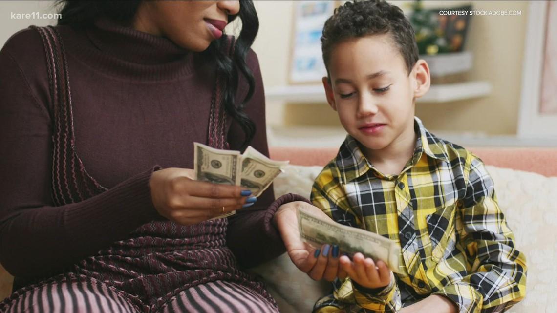 5 tips to teach kids money management