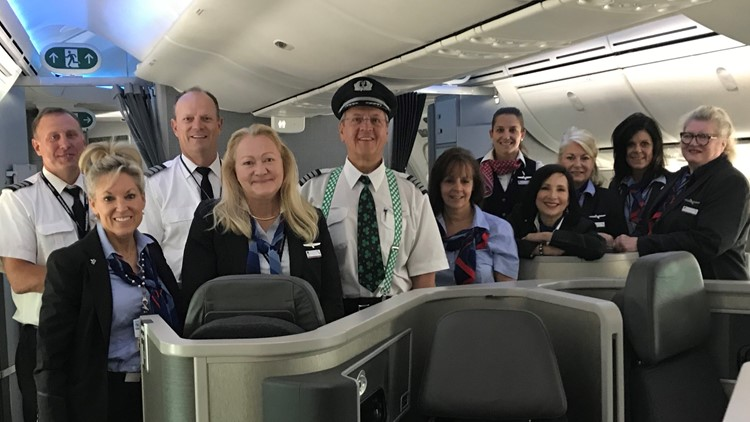 Captain Brian Lenzen and his crew on his final American Airlines flight before retirement.