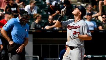 Twins jump Sox early, rip division rival 11-1