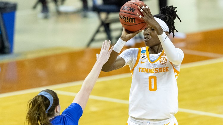 Lynx select Tennessee star Rennia Davis in WNBA Draft