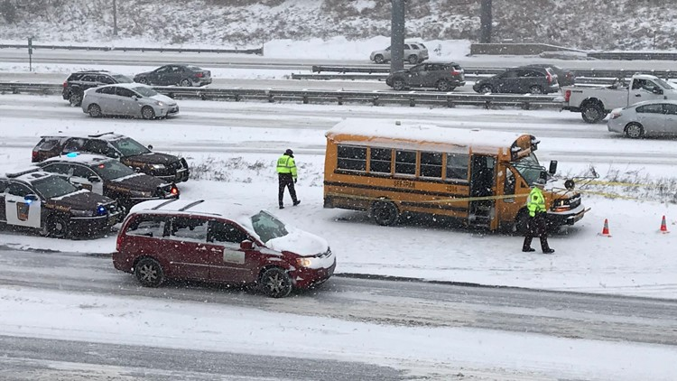 Minneapolis Public Schools bus driver shot on interstate 94E