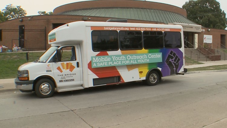 Mobile outreach center helps pick up Twin Cities youth when they're in need of support