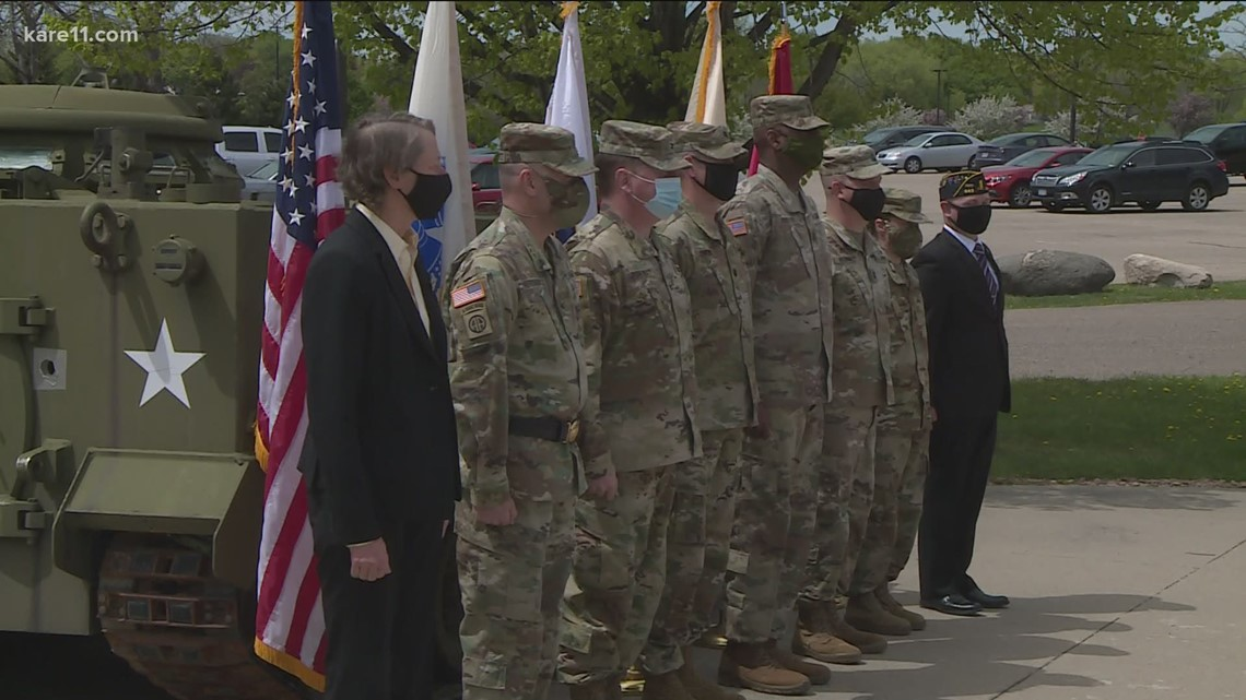 Army Reserve soldiers say goodbye before heading overseas