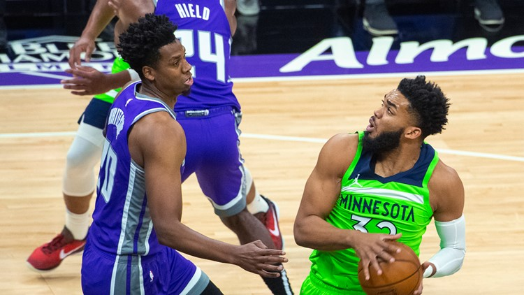 Wolves pull away late, beat Sacramento 134-120