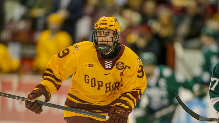 Gophers' Sammy Walker using name to help young players