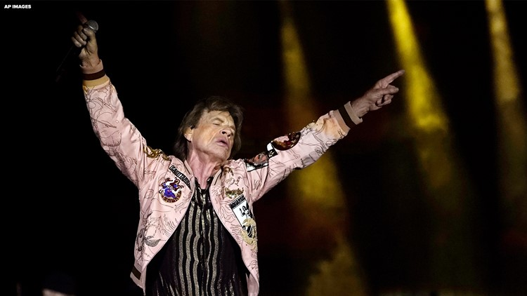 Fans flock to Minneapolis for Rolling Stones concert, MDH hosts vaccine clinic outside stadium