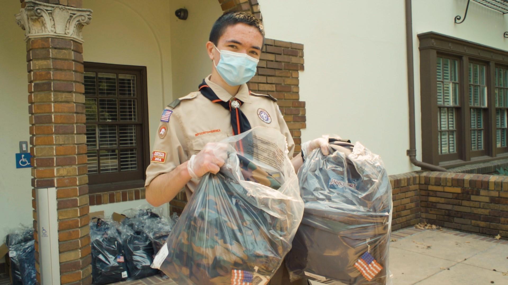 Roseville Boy Fills Backpacks For A Good Cause Everyday Heroes Kare11 Com