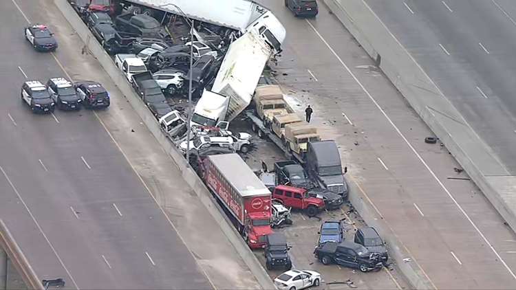 'A tragic day for the Fort Worth family': At least 6 killed in 133 vehicle pileup crash in Fort Worth, officials say